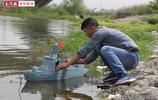 高手在民間:洛陽32歲農民純手工打造軍艦模型,能下水可模擬發射