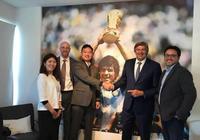 馬拉多納和科樂美握手言和,成為《實況足球》系列推廣大使