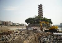 加緊搶修 確保工程按期完成 江心島堤圍加固工程已經水下基礎部分