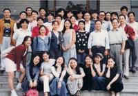 陳坤趙薇的班長,事業巔峰退出娛樂圈,如今專心為山區培養教師!