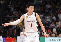 遼寧男籃三球員在國家隊表現備受期待,周琦對下賽季打算避而不談