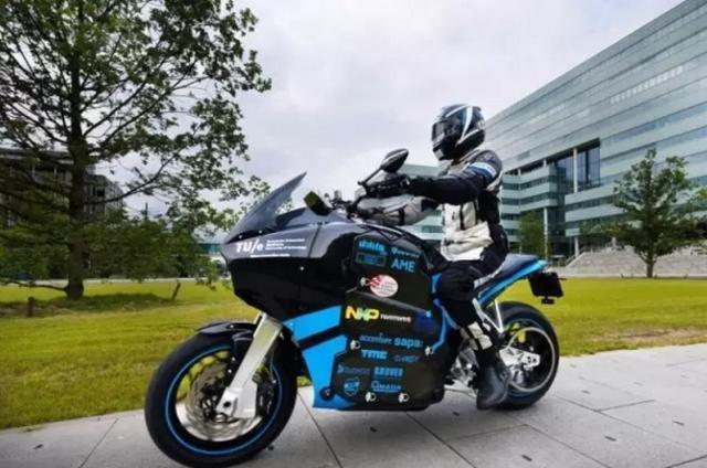 我想買一個地平線電動摩托,大家有什麼建議?另外電動車怎麼騎?請懂的人講解一下謝謝?