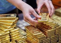 這家有百年曆史的店,正式超越了周大福,一年賣出100噸黃金