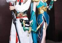 如何評價戚薇和李承鉉這身cosplay的裝扮?