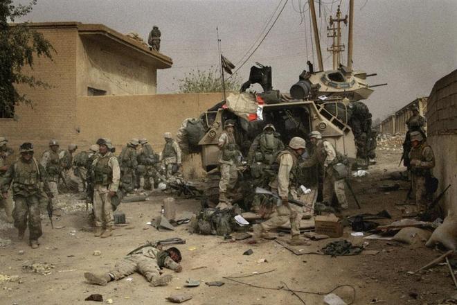 伊拉克戰爭經典照片