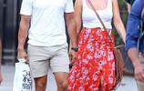 米蘭達·蘭伯特和布倫丹·麥克勞格林在紐約市散步時被拍
