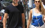 傑西卡·阿爾芭和老公卡什·沃倫在好萊塢