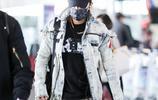 韓庚現身機場,一個包包看出韓庚的生活習慣